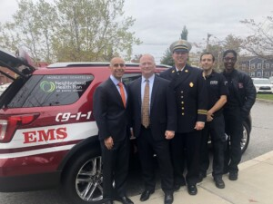 Pete, Mayor, Chief Kenyon and SUV crew